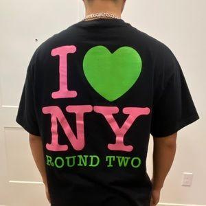"""Round Two """"I 💚 New York"""" Black Tee Shirt"""